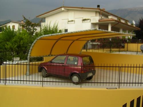 La canalplast coperture per parcheggi pensiline for Disegni di posto auto coperto in piedi